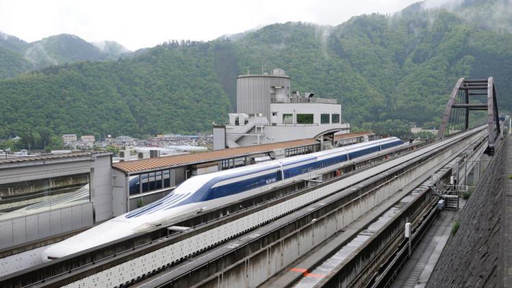 بالفيديو.. رحلة داخل قطار ماغليف الياباني أسرع قطارات العالم
