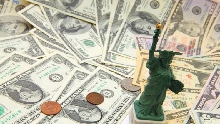 الروبل يرتفع أمام الدولار واليورو نتيجة اقتراب الموعد الضريبي