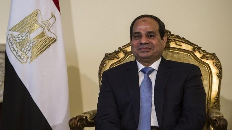 السيسي: ندرس إمكانية العفو عن 2 من صحفيي الجزيرة