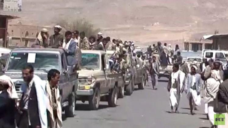 استمرار توافع المسلحين على المدن اليمنية