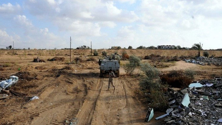مقتل ضابط وإصابة عنصر أمن بتفجير شمال سيناء