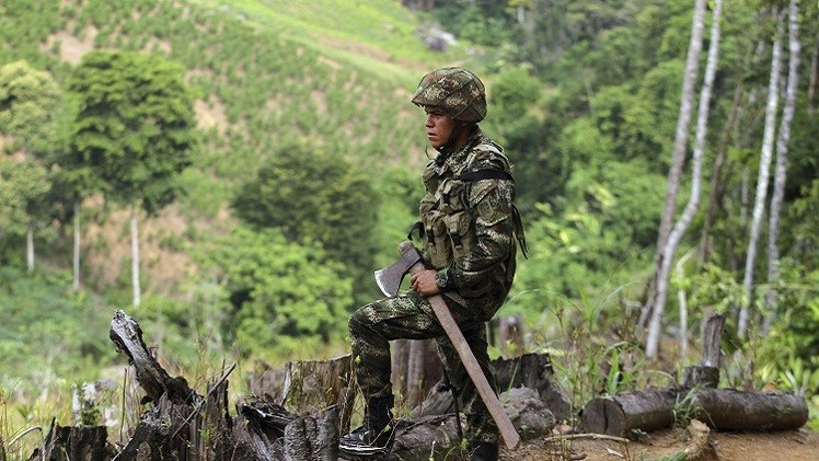 كولومبيا.. الجيش يعلق عملياته ضد المتمردين