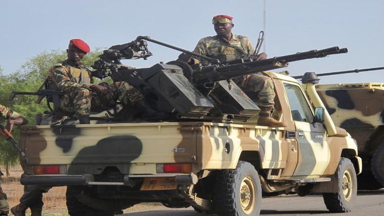 زعيم المسلمين في نيجيريا يتهم الجيش بـ