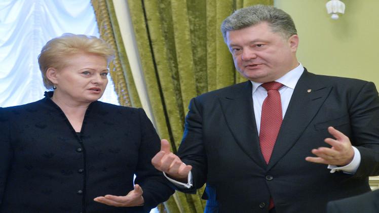 بوروشينكو: قرار الانضمام الى الناتو سيتخذ إثر استفتاء شعبي