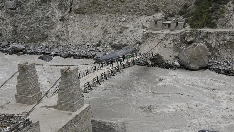 نيبال.. مصرع 47 شخصا في حادث سقوط حافلة في نهر
