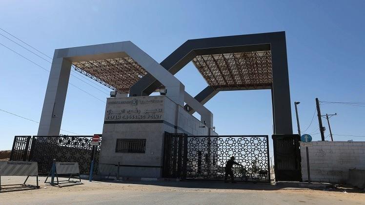 مصر تفتح معبر رفح باتجاه واحد