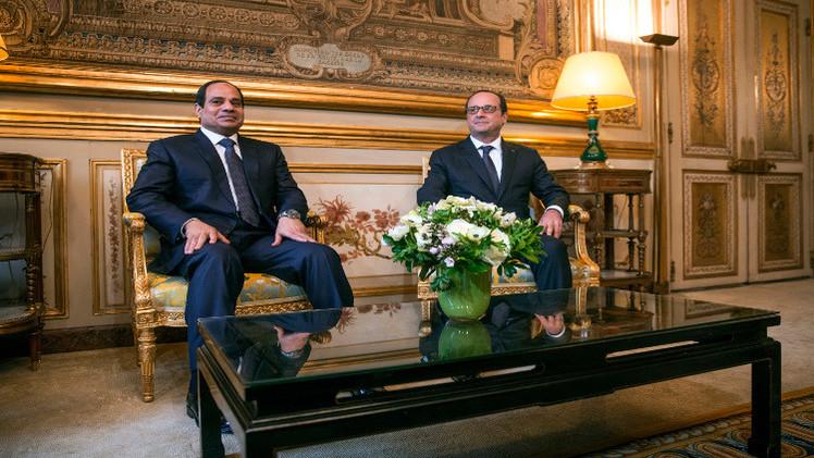 هولاند: الإرهاب يضرب مصر ويجب علينا أن نتحرك معا لمواجهته