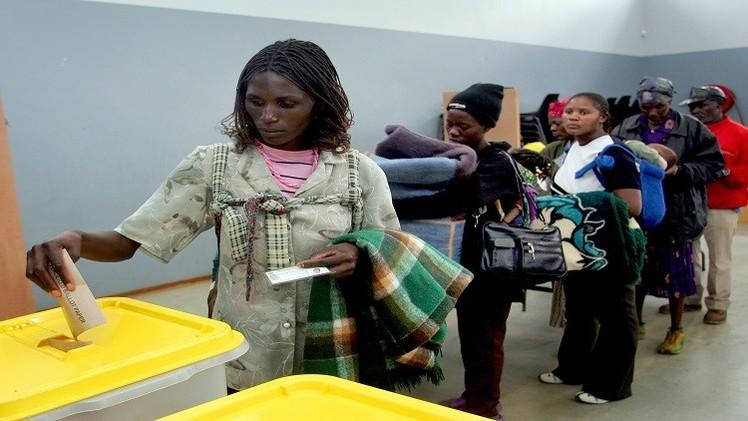 ناميبيا تنتخب الرئيس والبرلمان بأول انتخابات إلكترونية في إفريقيا