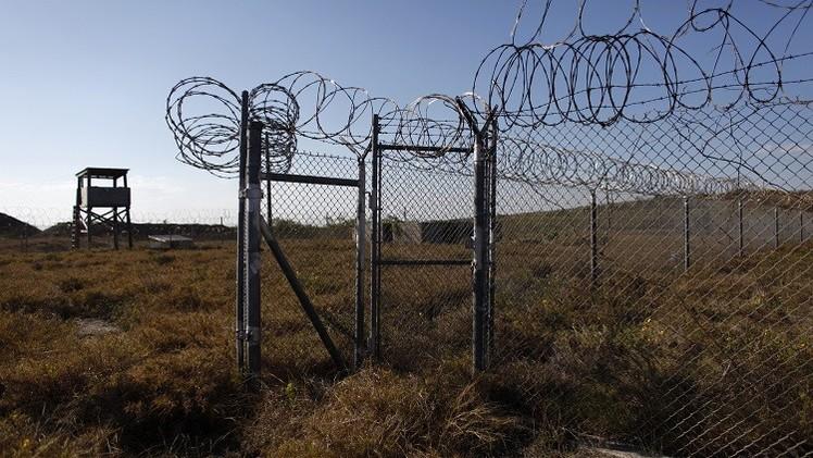 صحيفة: الولايات المتحدة تفرج قريبا عن مزيد من معتقلي غوانتانامو
