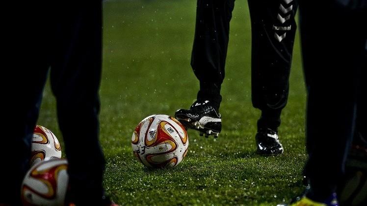 اليوفا يستكمل مباراة إستوريل وأيندهوفن بعد إيقافها بسبب الأمطار