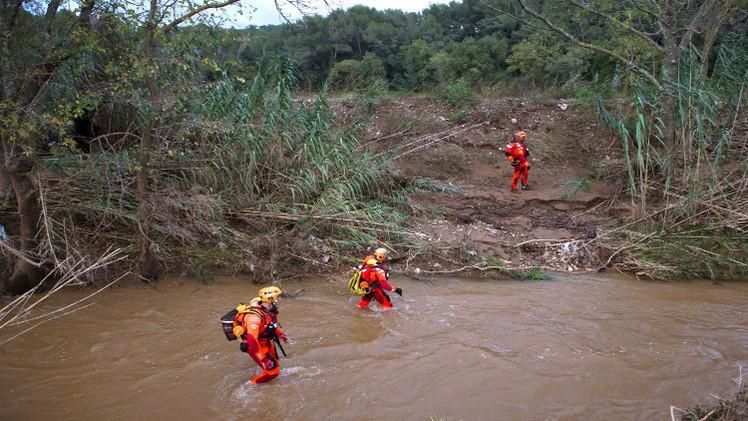 مقتل 4 أشخاص بفيضانات في فرنسا