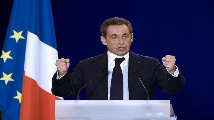 ساركوزي يعود للساحة السياسية بعد فوزه بزعامة حزب الاتحاد