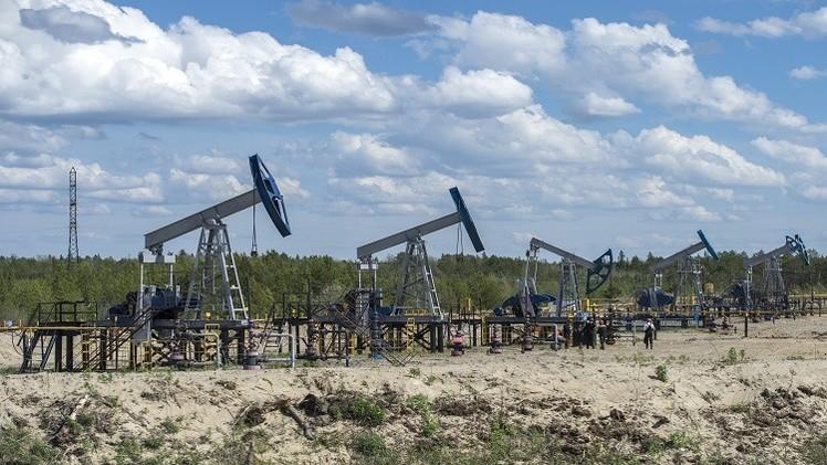 شوفالوف: روسيا غير مهتمة بخفض إنتاجها من النفط