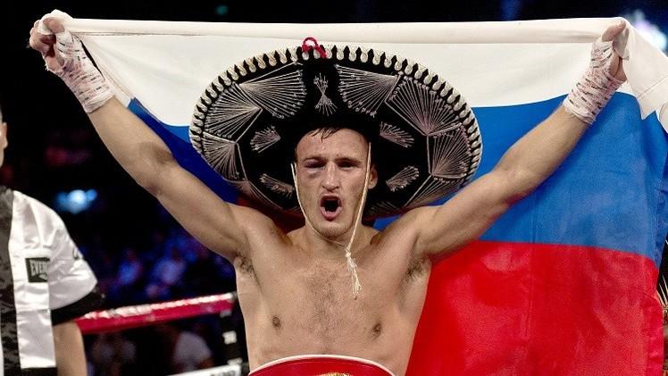 الروسي غرادوفيتش يحتفظ بلقب بطل العالم للملاكمة حسب IBF