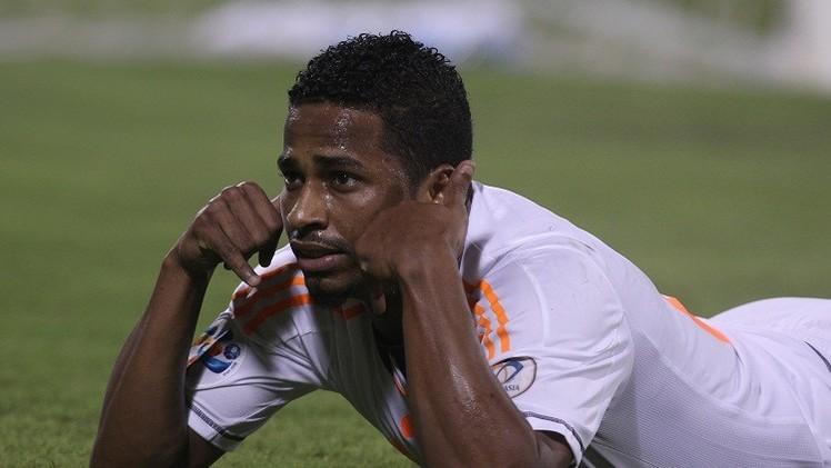 السعودي الشمراني يتوج بجائزة أفضل لاعب في آسيا