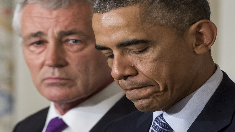 أوباما يقبل استقالة وزير دفاعه