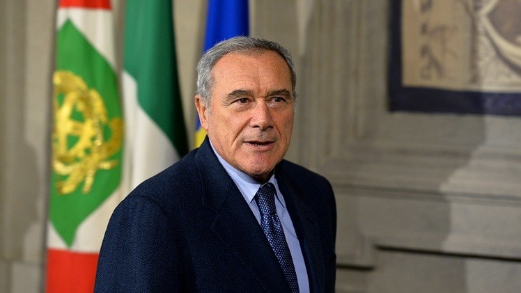 رئيس مجلس الشيوخ الإيطالي يحذر من انهيار الاتحاد الأوروبي