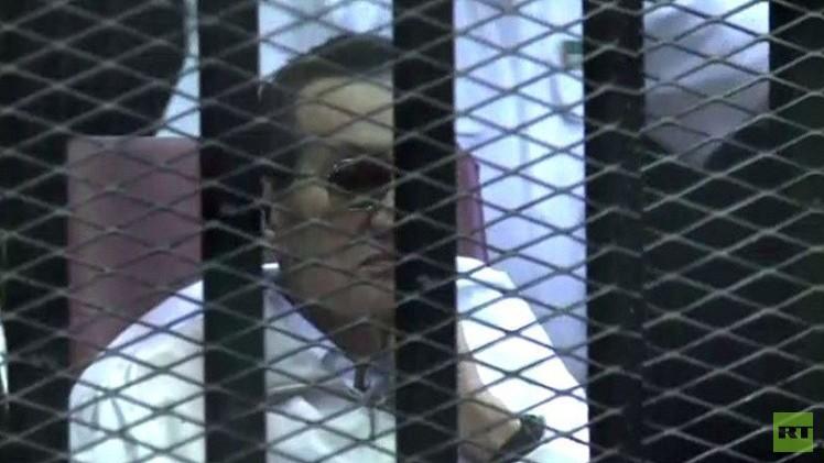 تبرئة الرئيس المصري الأسبق حسني مبارك