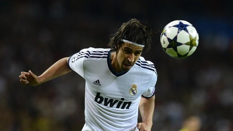 خضيرة يخرج مصابا من مباراة ريال مدريد وكورنيا في الكأس