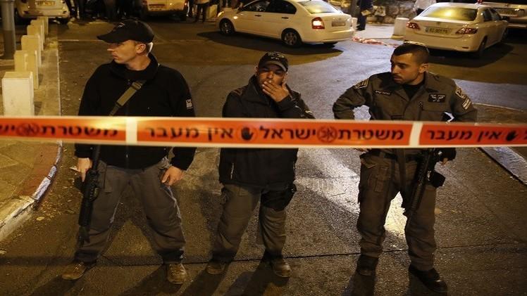 طعن مستوطنين اثنين شرق القدس