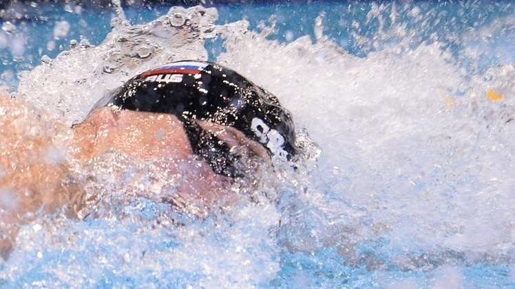 روسيا تتوج بفضية سباق التتابع (100x4 م) في بطولة العالم للسباحة بالدوحة