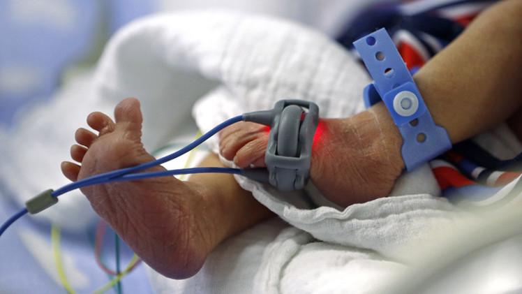 زراعة رحم الجدة في جسد الأم تسفر عن ولادة ناجحة