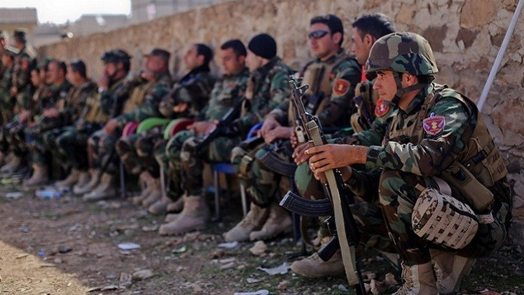 مجموعة جديدة من مقاتلي البيشمركة تصل عين العرب