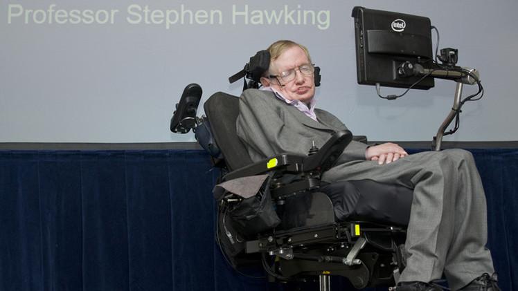 ستيفن هوكينغ يحصل أخيرا على تحديث تكنولوجي للتواصل بشكل أسرع مع العالم