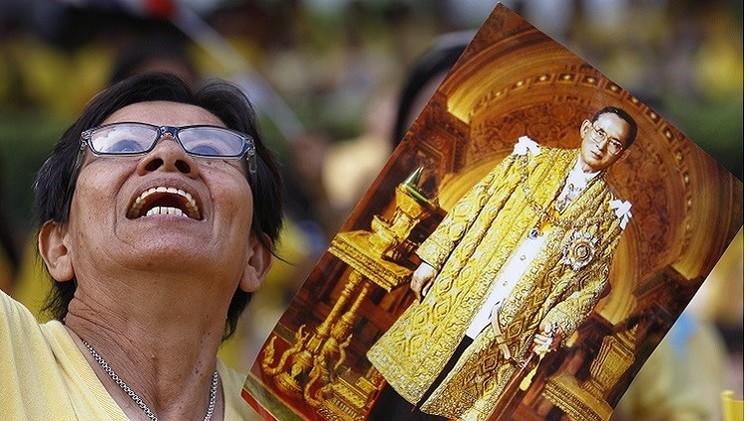 ملك تايلاند يلغى ظهوره العلني في عيد ميلاده لأسباب صحية