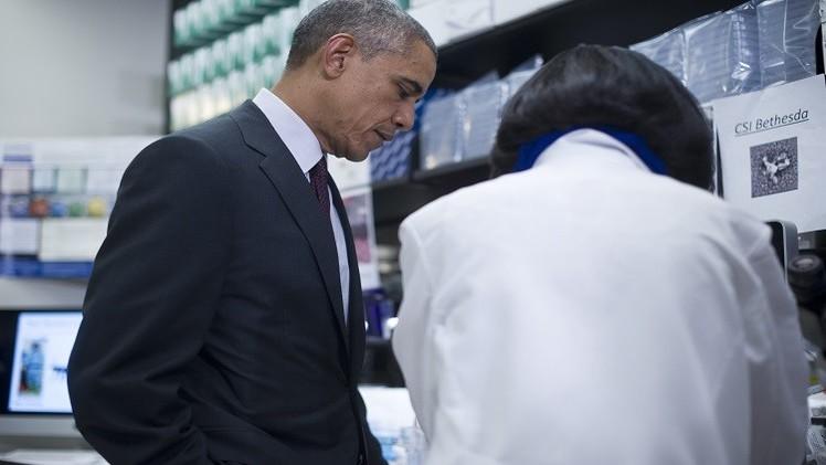 أوباما يعاني من آلام الحنجرة