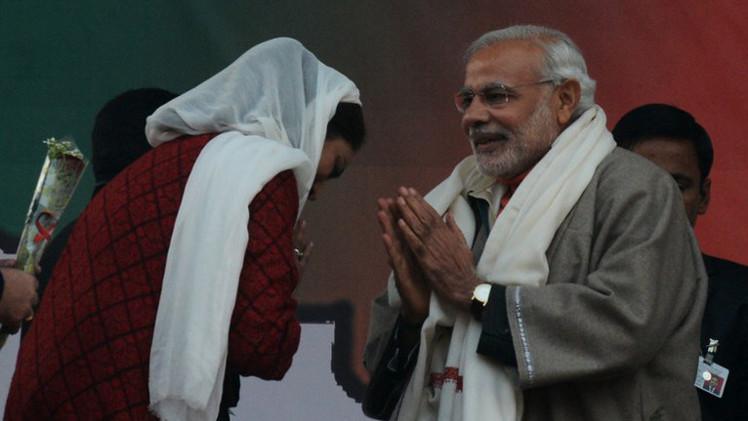 رئيس الوزراء الهندي يبدأ حملته الانتخابية من كشمير
