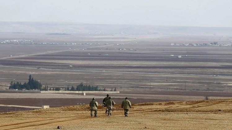 على الحدود السورية.. جندي تركي يقتل زميليه وينتحر