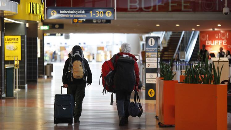 الأمن السويدي يتحرى وجود عبوة ناسفة في مطار ستوكهولم