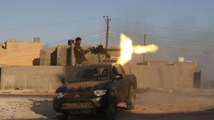 اشتباكات عنيفة في محيط منطقة أبوكماش القريبة من الحدود مع تونس