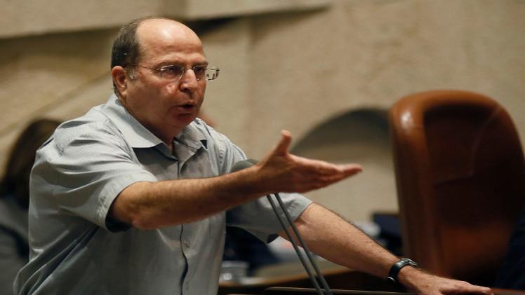 يعلون يلمح لمسؤولية إسرائيل عن الغارات على سوريا