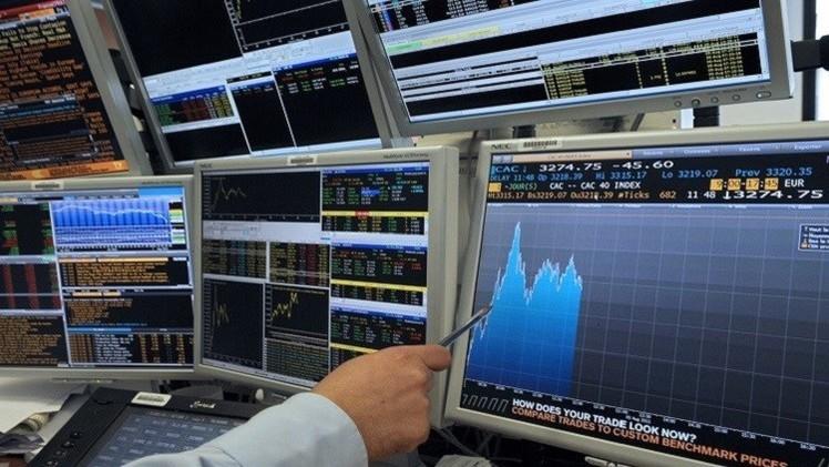 الأسهم الأوروبية تتراجع نتيجة لتدهور أسعار النفط