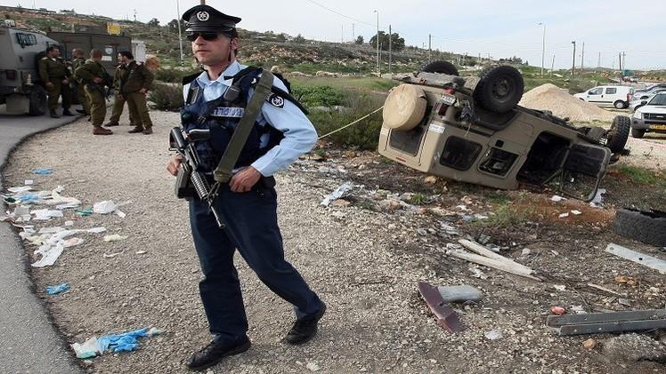 إصابة 6 مستوطنين على يد فلسطيني بالضفة الغربية
