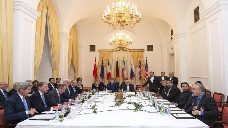 مباحثات مع الأمريكيين تسبق مفاوضات إيران والسداسية