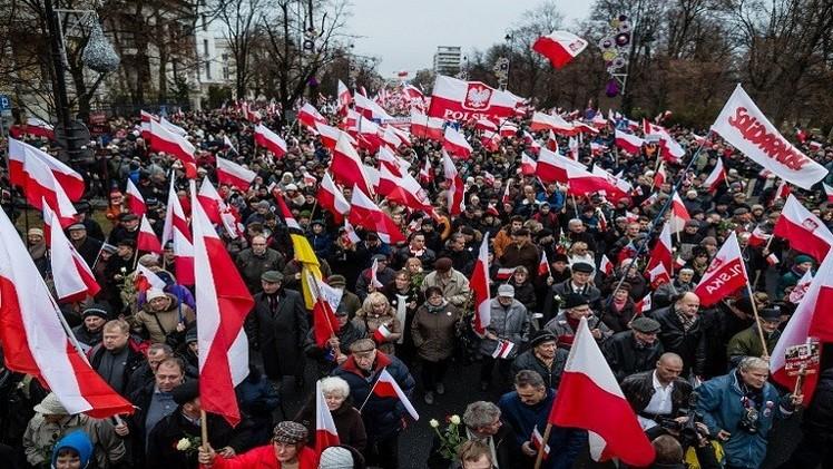 مسيرات في وارسو تنديدا بالتجاوزات خلال الانتخابات