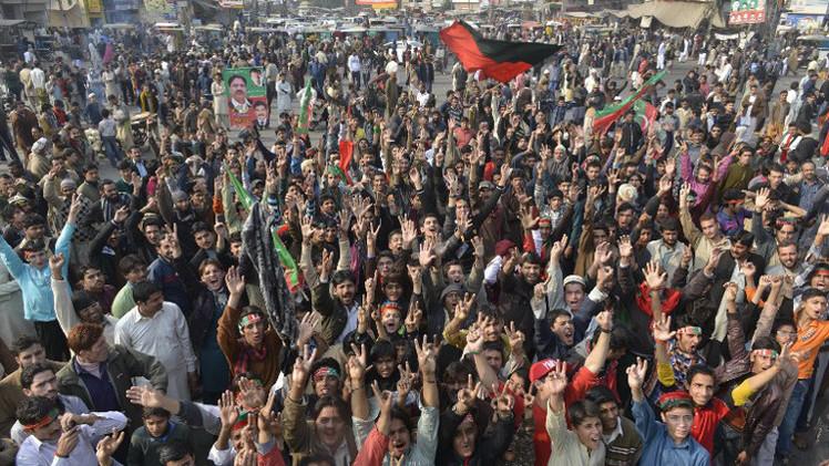 احتجاجات واسعة تعم مدينة لاهور الباكستانية