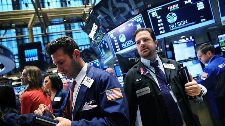 الأسهم الأمريكية تبدأ التداولات على ارتفاع بعد استقرار أسعار النفط