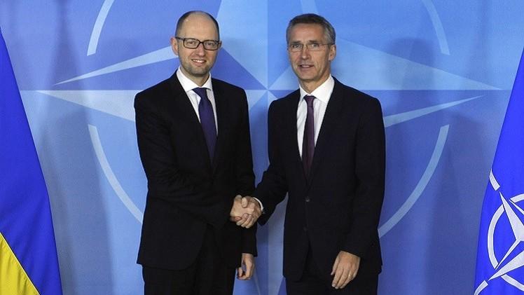 ستولتنبرغ يشيد بتقديم الناتو