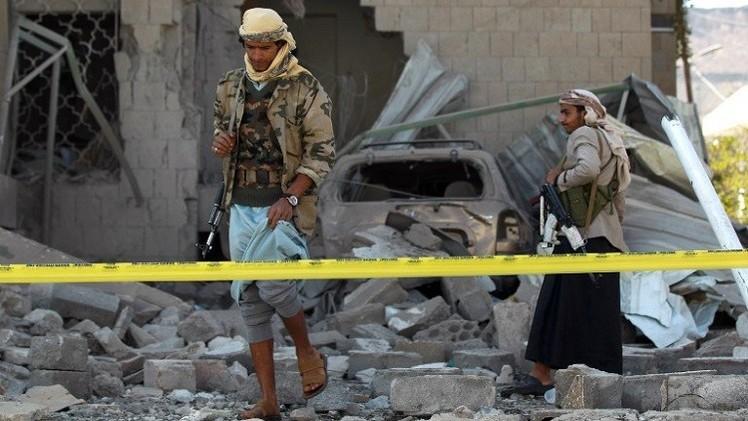اليمن.. مقتل 25 شخصا بتفجير سيارتين مفخختين في رداع