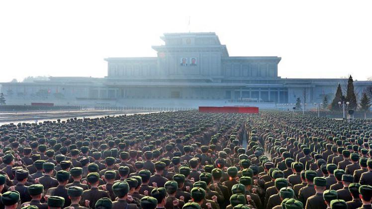 كوريا الشمالية تحيي الذكرى الثالثة لوفاة زعيمها السابق كيم جونغ إيل