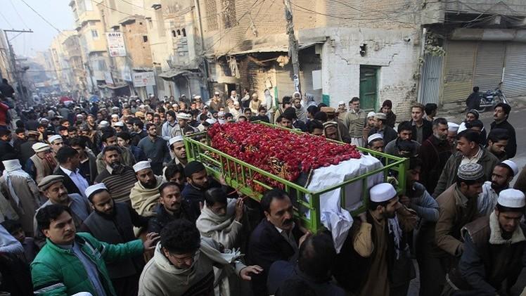 بعد هجوم بيشاور.. باكستان ترفع حظر عقوبة الإعدام بحق الإرهابيين