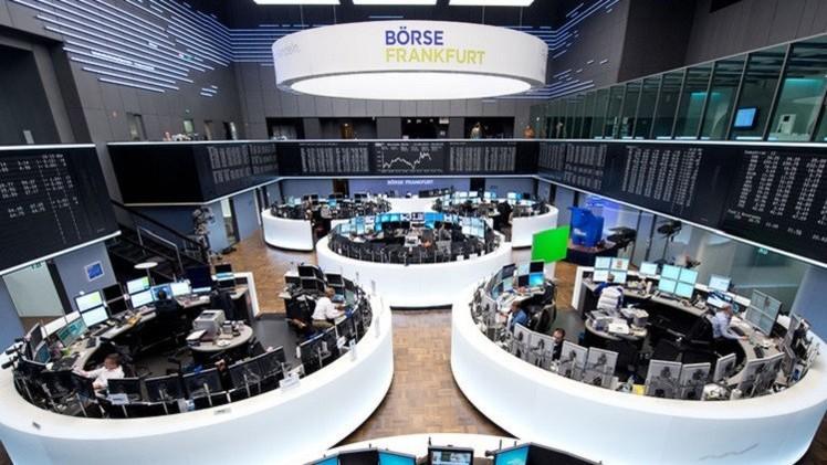 الأسهم الأوروبية تستأنف الهبوط مع تراجع أسعار النفط