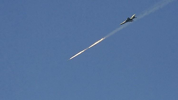الطيران السوري يغير على مواقع للمسلحين على الحدود اللبنانية السورية