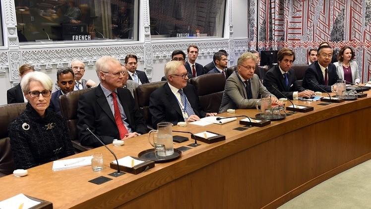 موسكو متفائلة من نتائج اللقاء بين إيران والسداسية