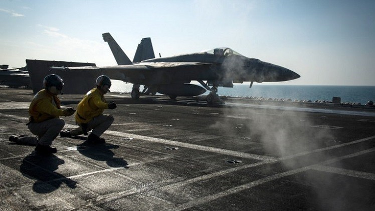 طيران التحالف يكثف من غاراته ضد مواقع