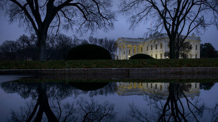 البيت الأبيض ينفي توقيع أوباما مشروع قانون حول العقوبات ضد روسيا